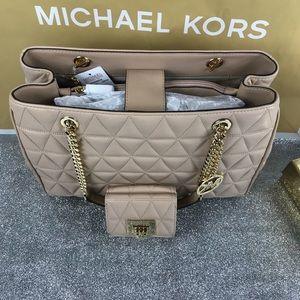 4a43ecf0a864 Michael Kors Bags - Michael Kors Oyster Susannah LG Tote Wallet Set